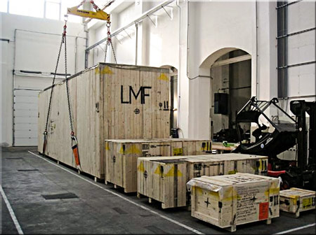 Export machinery packing for moving